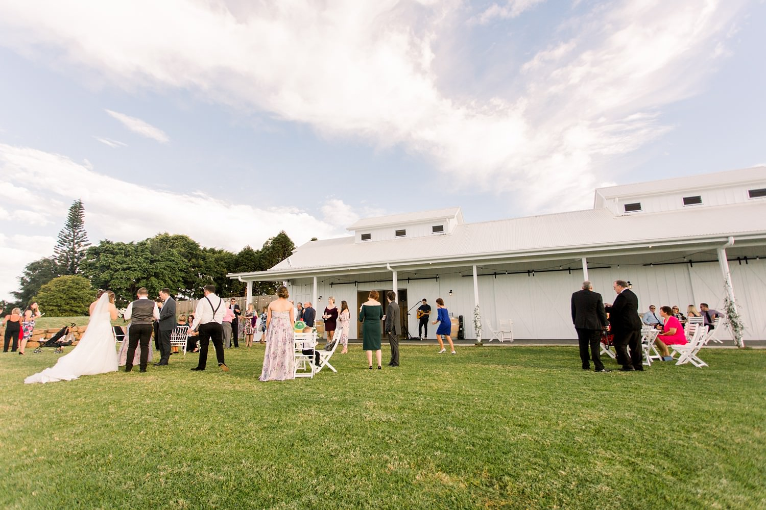 Summergrove Estate Wedding by Mario Colli Photography