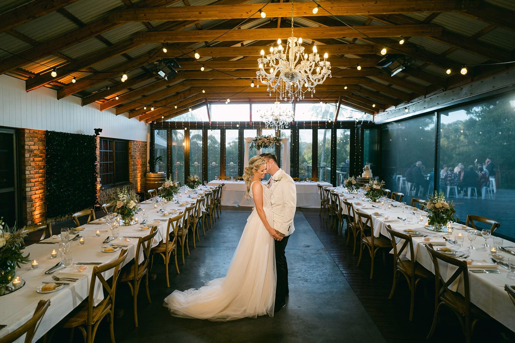 wedding photo austinvilla reception